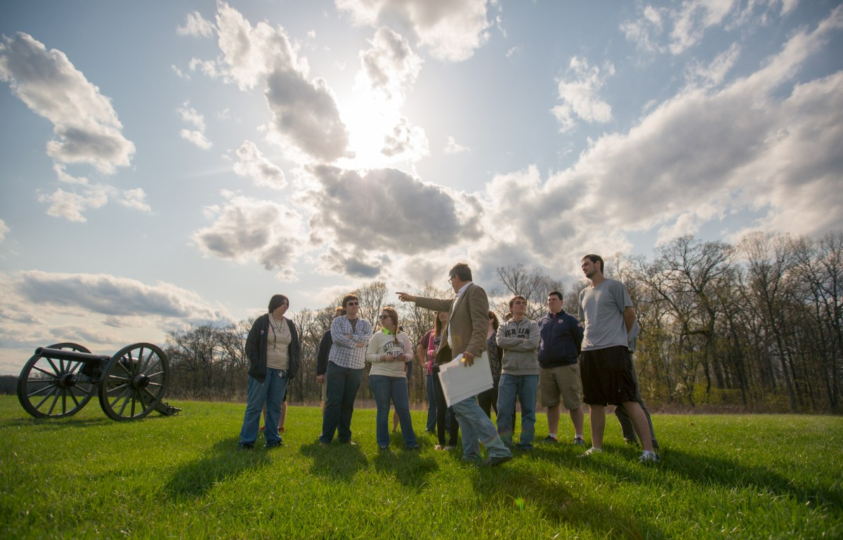 Dispatches from the Front: 2016 Pohanka Interns Explore Public History