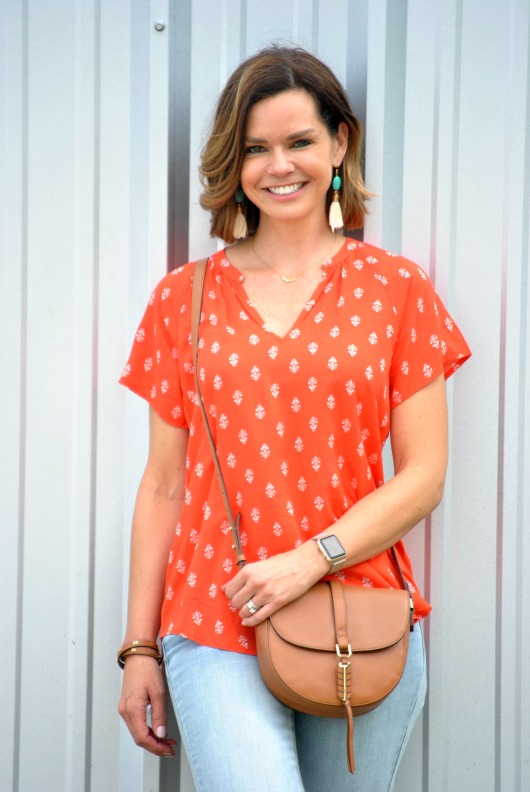 orange-blouse-jeans