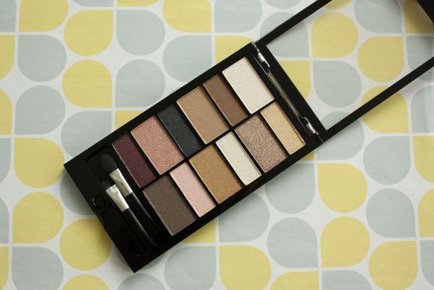 make up revolution eye shadow pallette (2)