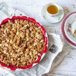 vegan rabarber crumble met appel en frambozen