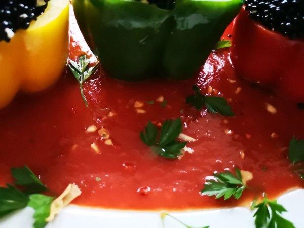 passierte Tomaten mit Aglio Olio Dip