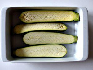 Ofenzucchini gegrillte Zucchini marinierte Zucchini mit Sesam vegan Rezept Tahini Dip
