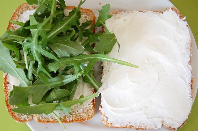 cream cheese + arugula