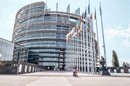 Brüksel'de gezilecek yerler - Parlementorium-Parlemento binası