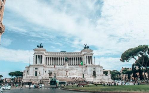 Roma Gezilecek Yerler Aziz Petrus Bazilikası