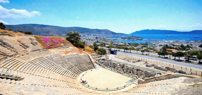 Muğlada-Gezilecek-Yerler-Bodrum-Antik-Tiyatrosu