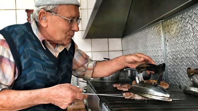Eskişehir-Meşhur-Yemekler-Fahrettin-Usta-Balaban-Kebap