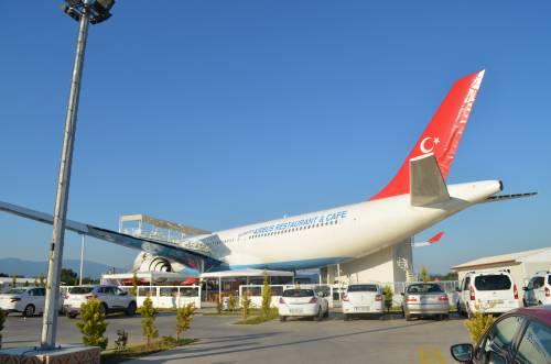 Türkiye'nin en büyük restoran uçağı Balıkesir'in Burhaniye ilçesinde