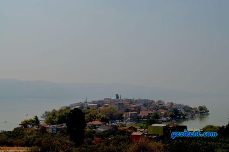 Seyir tepesinden Gölyazı fotoğrafı