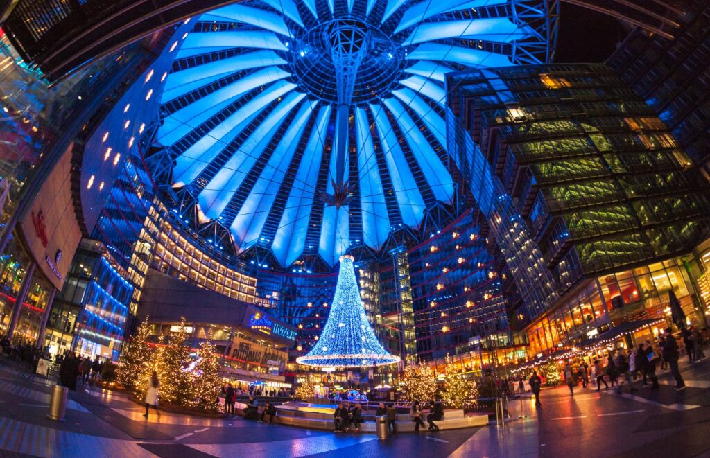 Berlin Sony Center - © Fotoğraf: taranchic / Shutterstock