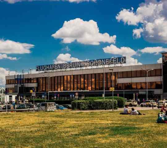 Berlin Schönefeld Havalimanı (SXF)