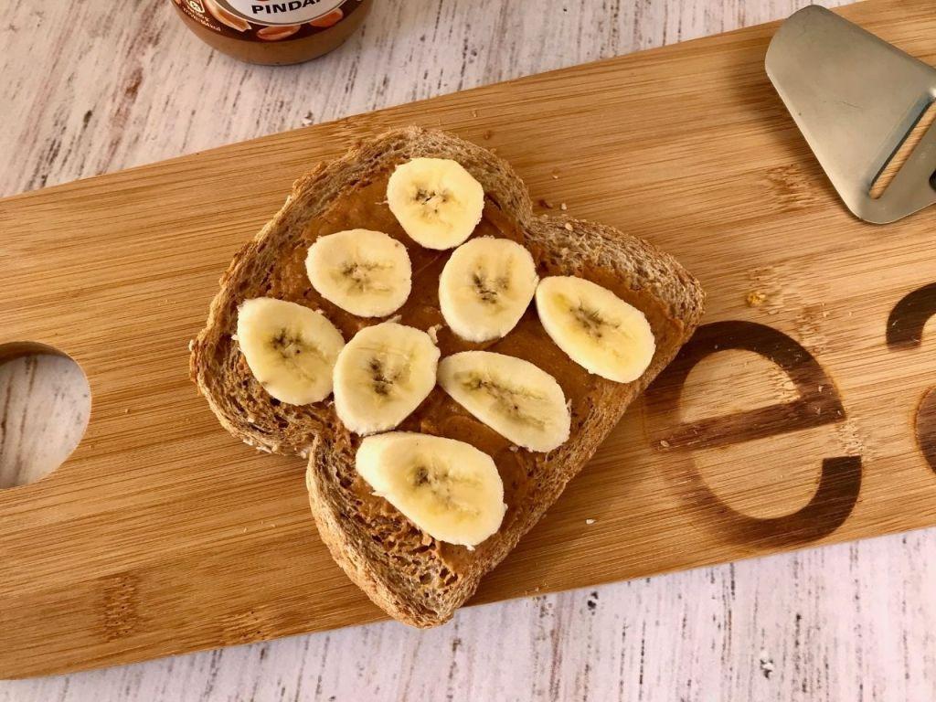 Tosti banaan en pindakaas