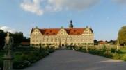 Sarayın bahçeye bakan yüzü