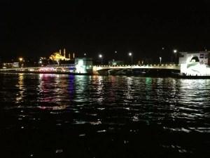 Geceleyin Tekneden Haliç