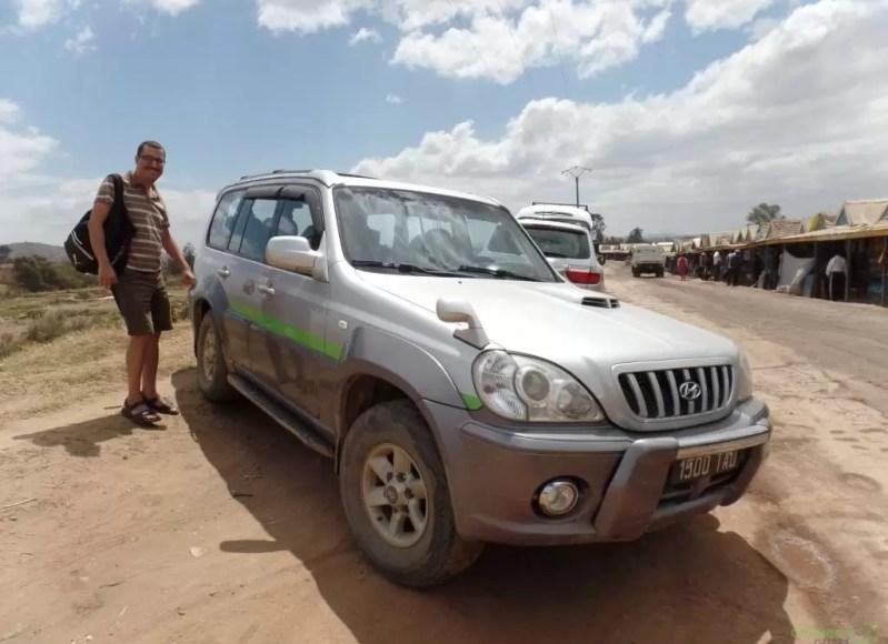 Madagaskar'da Ulaşım, Madagaskar'da Araç Kiralama