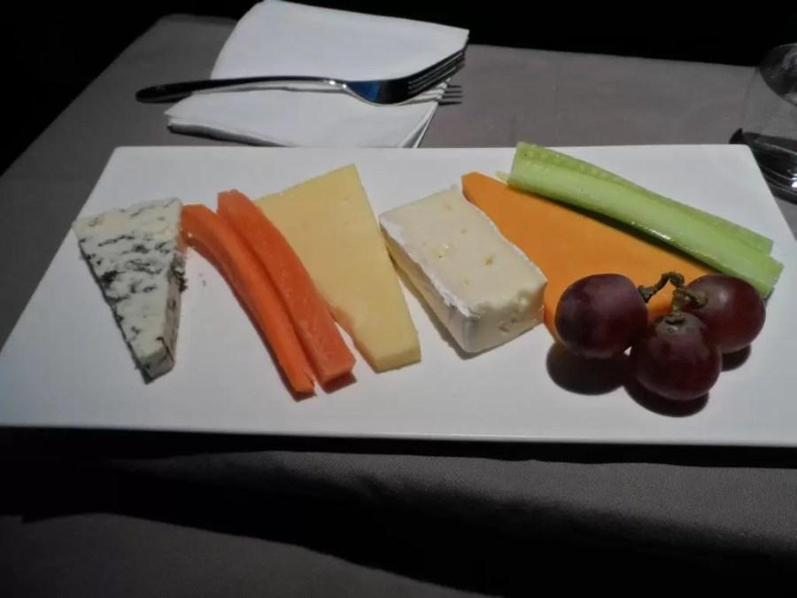 Business Class'da peynir tabağı