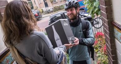 Neleman Wijnen levert gratis met de fiets
