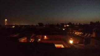 Nachts auf der Dachterrasse