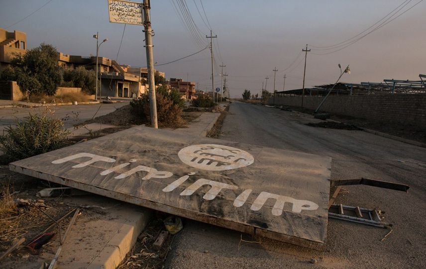 LLL - Live Let Live - Fate of detained ISIS fighters uncertain as the US troops exit Syria