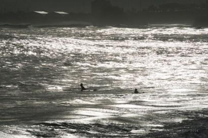 Buscando la ola.