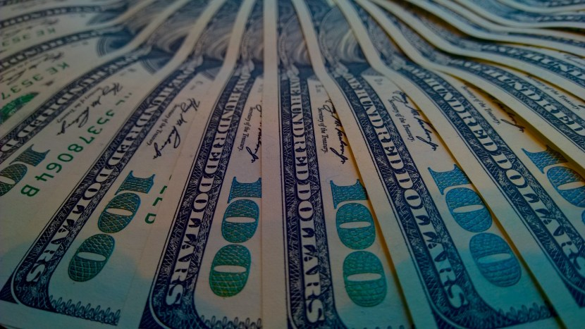 US$100 bills - paid by the highest dividend paying stocks