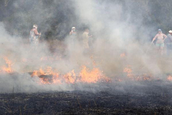 Residents Form A Barrier For New Wildfire Outbursts Southeast Of Moscow