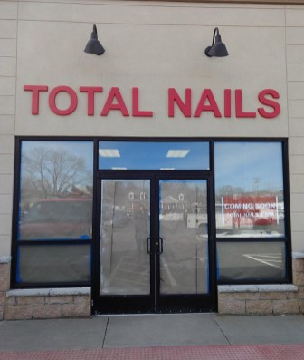 Total_Nails_03a