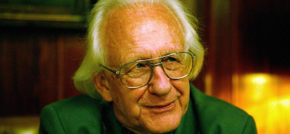 Johan Galtung (81) anbefaler andre å lese «nazibibelen». Nå kritiseres han for å være ekstrem.