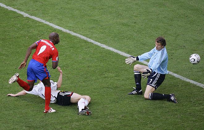 Costa Rica ante Alemania en el Mundial de Alemania 2006. Foto de: cafefutbol.blogspot.com