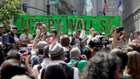 Occupy Wall Street årsmarkering (Foto: Seth Wenig/Ap)