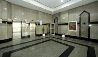 Lobby Q13