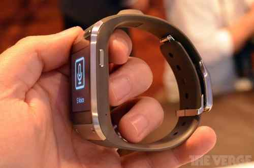 verge-galaxy-gear-02