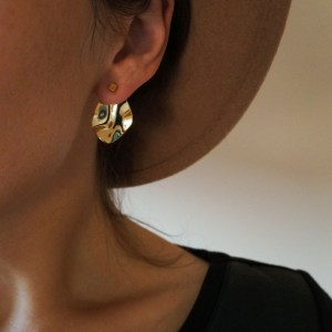Double sided gold plated cube earrings GG UNIQUE