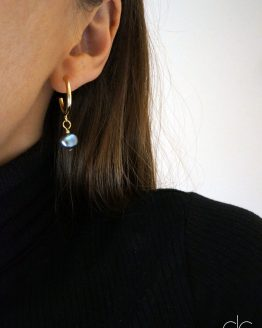 Mini golden hoop earrings with dark fresh-water pearls GG UNIQUE