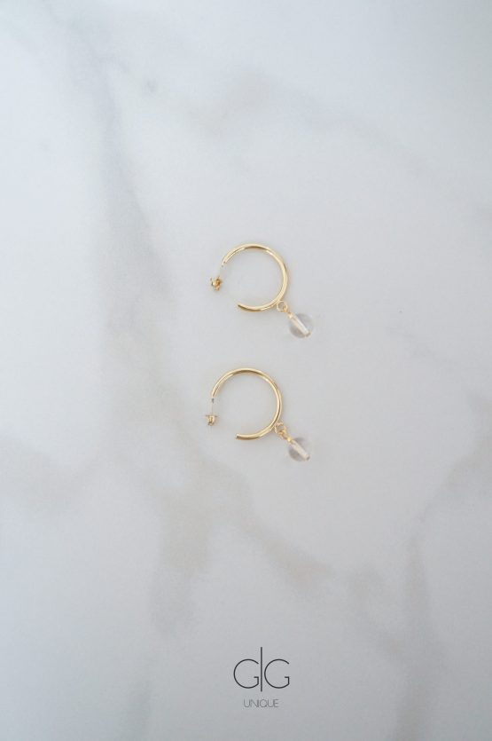 Stylish golden hoop earrings with mountain crystals - GG UNIQUE