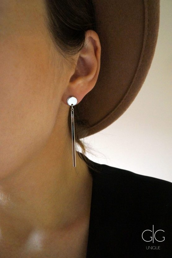 Minimal style long silver stick earrings - GG UNIQUE