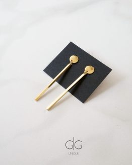 Minimal style long gold stick earrings - GG UNIQUE