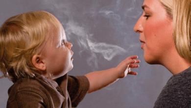 صورة تجنبي التدخين أمام طفلك لحمايته من هذه الأمراض