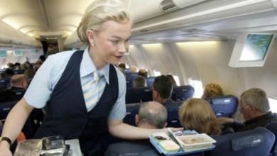 صورة تفادي تناول هذه الأطعمة أثناء رحلاتك الجوية