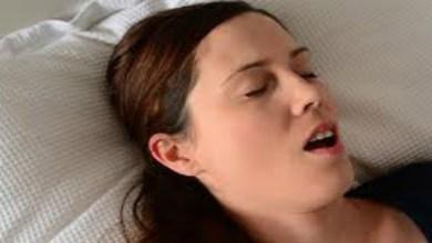 صورة تعرفي على أسباب العطش أثناء النوم
