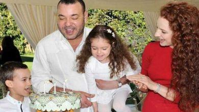 صورة بعد كثرة الشائعات.. الملك محمد السادس وزوجته السابقة يدحضان الأكاذيب