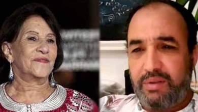 صورة بالفيديو.. رشيد الوالي يبكي وفاة أمينة رشيد