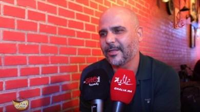 """صورة بسبب """"الفحولة"""".. الرمضاني """"يقصف"""" صحفي جزائري"""
