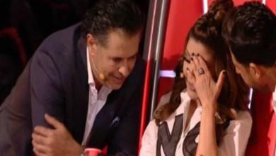 صورة الديفا سميرة سعيد تنهار بالبكاء على الهواء مباشرة- فيديو