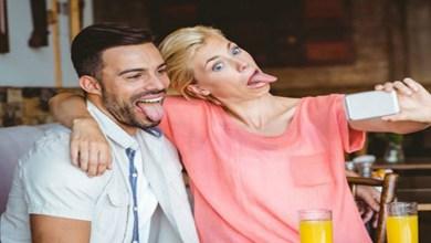 صورة دراسة: روح الدعابة والضحك يزيدان من فرص إنجاح العلاقات الزوجية