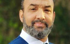 بسبب إشاعة وفاة عبد القادر مطاع.. رشيد الوالي يوجه رسالة للمسؤولين