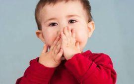 أسباب وطرق معالجة تأخر النطق عند الأطفال