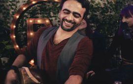 """الفنان فهد بنشمسي يوصل موسيقى """"ڭناوة"""" لـ Los Angeles"""