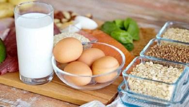 صورة دراسة.. هذه الأطعمة تنمي ذكاء رضيعك