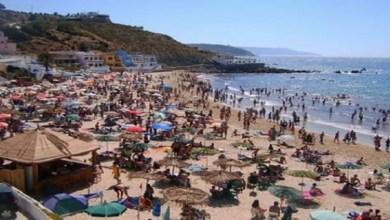 صورة السلطات تحدد شروط ومدة فتح الشواطئ في وجه المصطافين